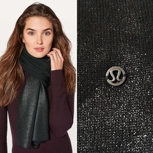 New Lululemon All That Shimmer Scarf Black holiday